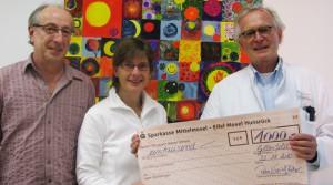Spende für die Kinderkrebsstation
