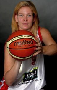 Immovesta Dolphins: Janet McLachlan bleibt auch nächste Saison ein Trierer Dolphin