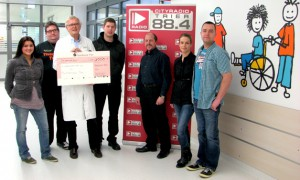 Buntes: Rockband Desperados spendet 3000 Euro