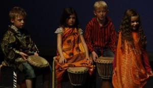 Buntes: Schülertheaterfestival 2011 – Die wollen doch nur spielen