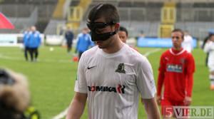 """Eintracht Trier: """"Mann mit Maske"""" ärgert sich über 1:2 in Wuppertal / Video"""