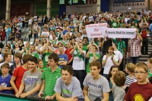 Mit 120 Fans erst zu Sport1 – und dann zum FC Bayern