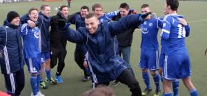 4:3-Sieg: Mehring hat Klassenerhalt in eigener Hand – Wirbel um Schulz