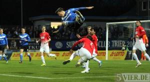 Eintracht Trier: Erleichterung nach erstem Sieg 2014