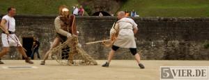 Retiarius gegen Secutor – ein Tag als Gladiator im Amphitheater