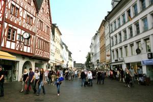 Viele Einkäufer in Trier