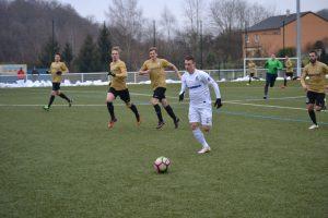 Eintracht siegt im Testspiel, Alexander Dartsch geht