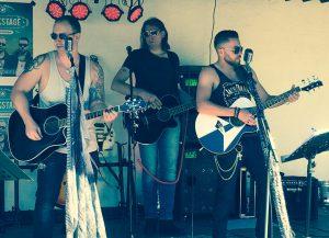 Morgen Abend: Acoustic-Trio Backstage live im Styxx