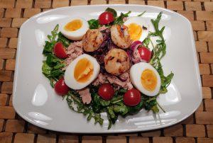 Kalorienfreundlicher frischer Nizzasalat