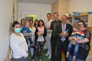 100 Osternester für kranke Kinder im Klinikum des Mutterhauses