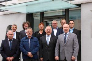 Sieben Beamte und eine Mitarbeiterin in den Ruhestand verabschiedet