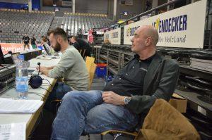 Warten ist Teil des Job von Tom Jarosch. Foto: 5vier.de / Manuel Maus